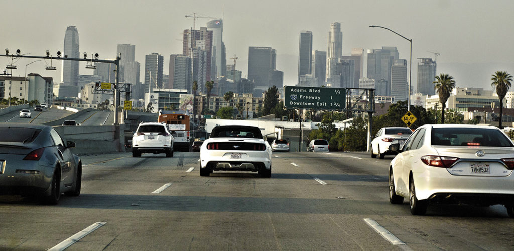 Downtown LA vu depuis la highway