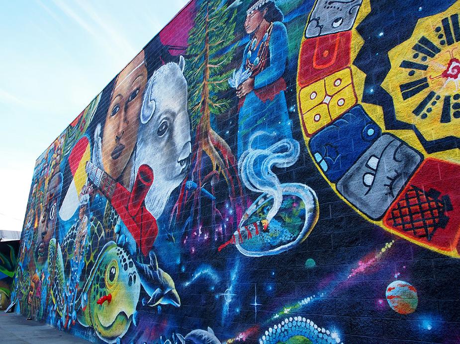 fresque street art située sur East 4th Place à Los Angeles