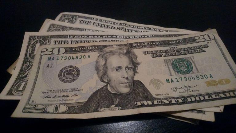 Où faire votre change euro dollar ?