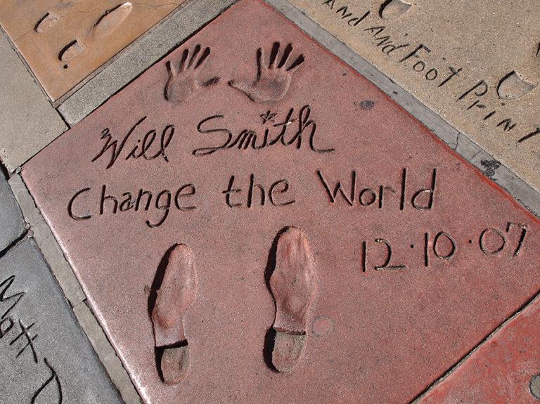 empreintes et texte de Will Smith sur la parvis du Grauman's Chinese Theatre