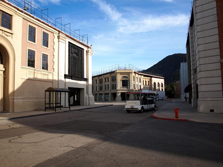 Visiter Warner Bros studios en voiturette